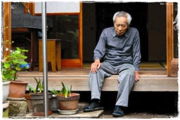 「老人 一人暮らし」の画像検索結果